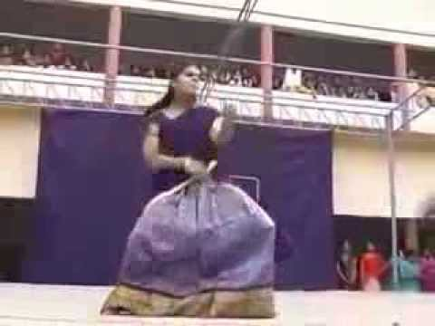 Shocking Dance By College Girl In Andhra Style HDS