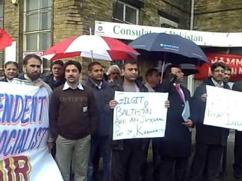 PROTEST IN FRONT OF PAKISTANI CONSULATE  BRADFORD UK