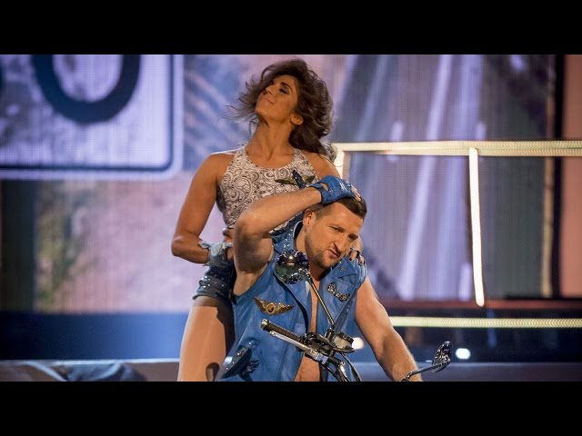 Carl Froch & Sita Bhuller's Rhythmic Performance to 'Born To Be Wild' - Tumble: Episode 4 - BBC One