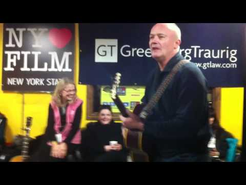 Showbiz411.com: Steven Beer introduces The Office's Creed Bratton at the NY Lounge