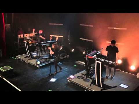 Chvrches - Down Side Of Me
