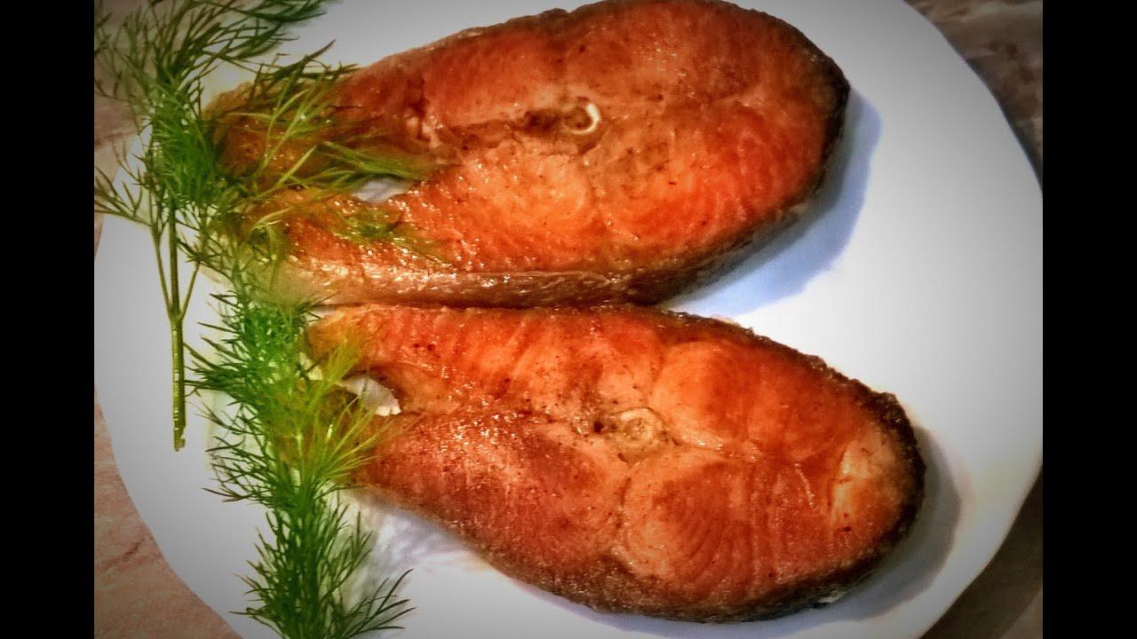 как жарить стейк из лосося на сковороде