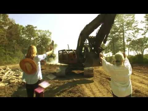Daryl Hannah and Eleanor Fairchild Defend Fairchild Farms From Keystone XL