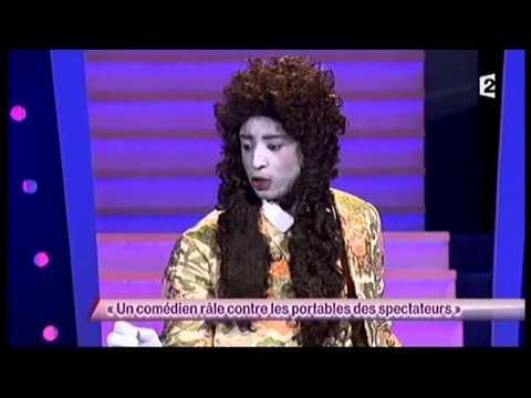 Ahmed Sylla [15] Un comédien râle contre les portables des spectateurs – ONDAR