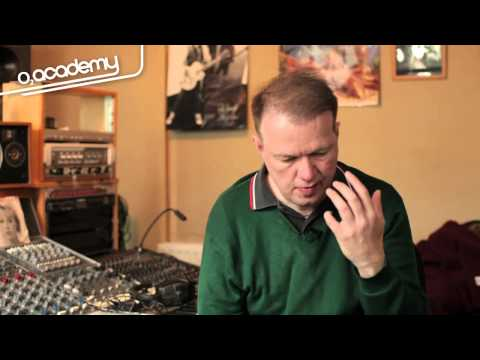 Edwyn Collins: Music as Therapy