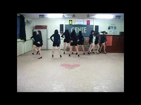 Korean High School Girls Dancing Snsd's Genie (tell Me Your Wish )girls Generation video