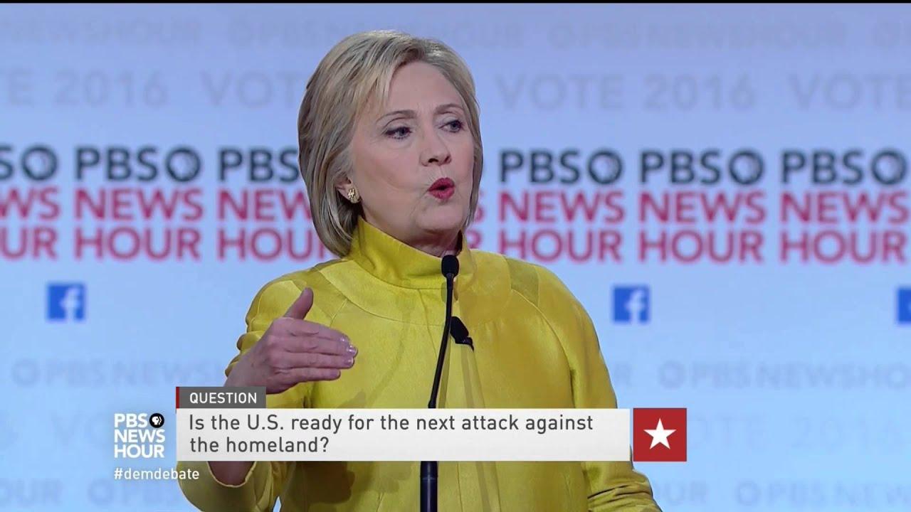 Clinton goes after Trump for anti-Muslim rhetoric