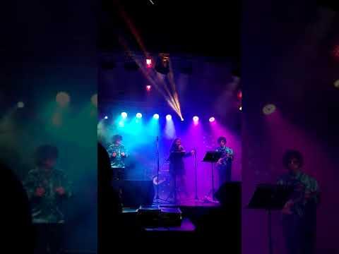 Szilveszter 2020 Székesfehérvár Discover Band-Táncolj még