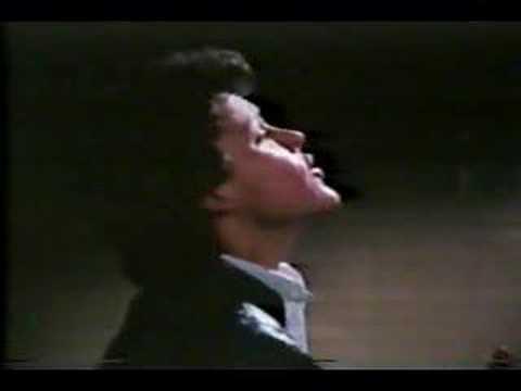 Serenata de Pedro fernandez en ''Coqueta''