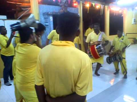 Sri Naga Kali Urumi Melam At Vinayagar Shathurti 3 video