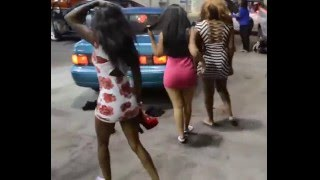 Fun Video Hot Girls Fighting on Highway Road
