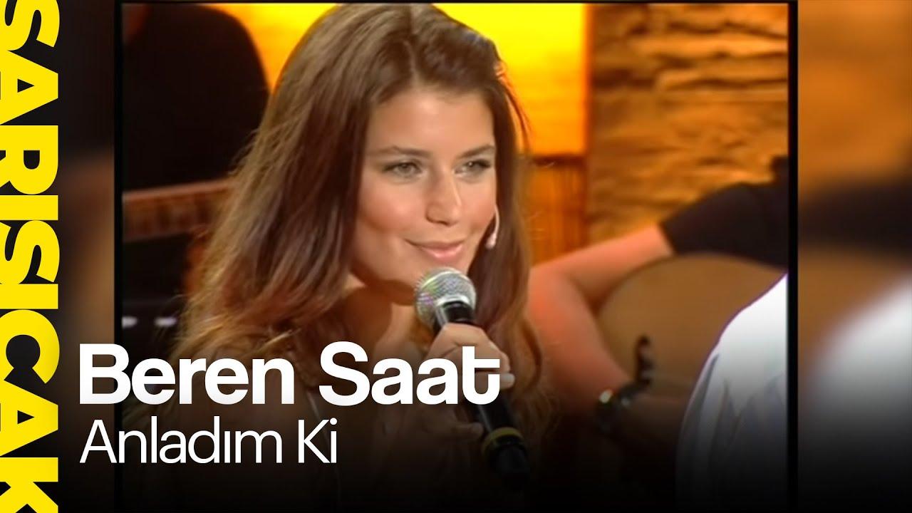 Beren Saat - Singing