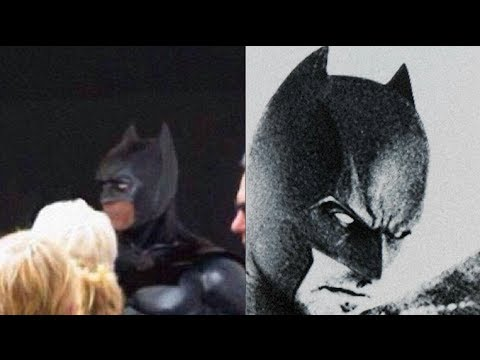 Ben Affleck Batsuit Leaked Out?!