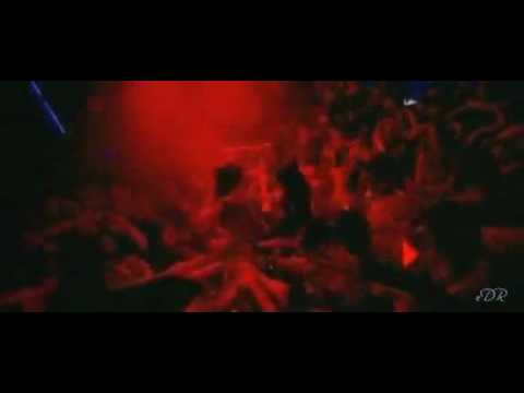 YouTube - Kaminey - Dhan Te Nan Full Music Video.flv