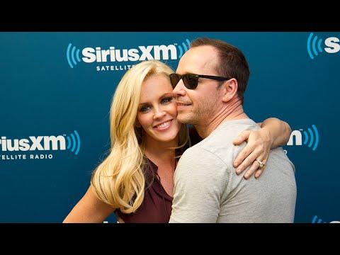 "Jenny McCarthy & Donnie Wahlberg ""Newlywed Game"" // SiriusXM Stars // SiriusXM"