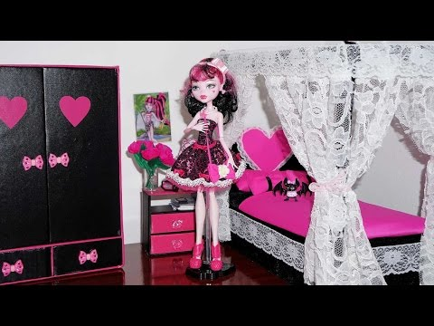 How to make a bed for Monster High Draculaura & Cleo de Nile (or Barbie) doll