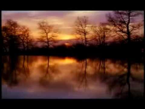 Koi To Hai Jo Nizaam E Hasti Chala Raha Hai-wohi Khuda Hai -hamd - Nusrat Fateh Ali Khan - video