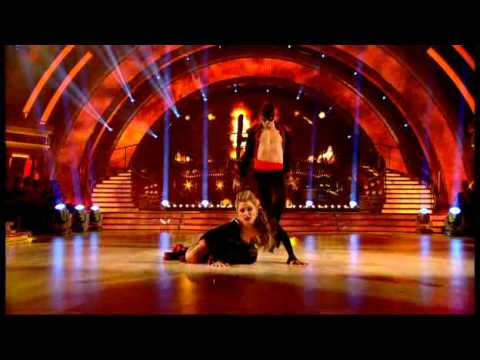 Holly Valance and Artem Chigvintsev dancing the Paso Doble
