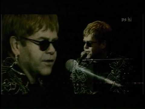 Elton John - Ballad Of The Boy In The Red Shoes