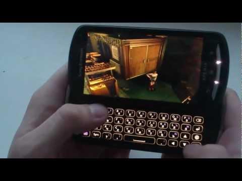 Sony Ericsson Xperia Pro + PlayStation emulator [Resident Evil 3]