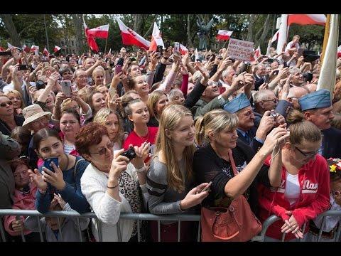 Wystąpienie Prezydenta A.Dudy Do Polonii Na Greenpoincie Cz.1 - 27.09.15