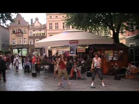 "Video 2012-3-215 ***VINTAGE 2012*** Happy Pedestrian Zone ""Street Performers"" part 1"