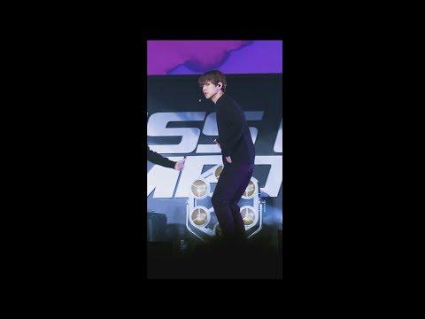 [#BAEKHYUN Focus] EXO 엑소 '닿은 순간 (Ooh La La La)' @COMEBACK SHOWCASE