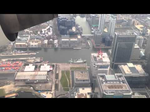 Landing at London City Airport Full HD April 2013