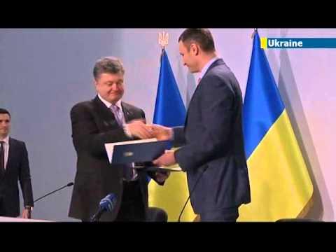 Vitaly Klitschko drops out of Ukraine presidential race and backs Petro Poroshenko