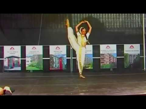 Apsara Ali - Natarang Show.m4v video