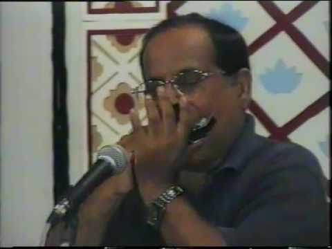 Mere Saamne Wali Khidki Me- Harmonica- Asok Majumder For Kishore Kumar And R.d.burman video