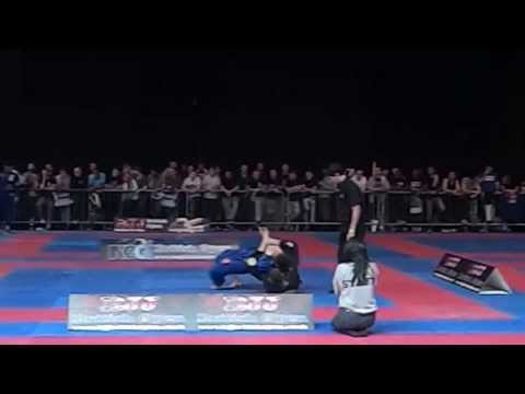 2013 British BJJ Open-Eduardo Goncalves (black) vs Paul Cole (blue)