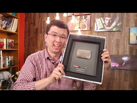 Unboxing Del Premio De YouTube Por Los 100,000 Suscriptores