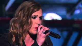 Lindsey Stirling & Lzzy Hale - Shatter Me - Live in America's Got Talent S09E13