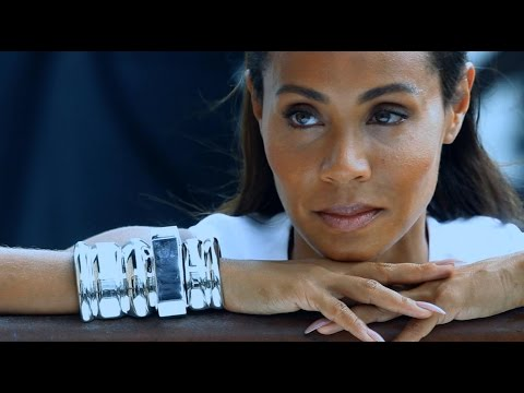 Power Woman: Jada Pinkett Smith on female solidarity and her A-list family life | NET-A-PORTER.COM
