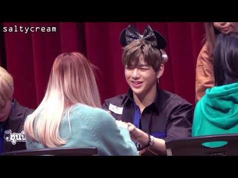 171119 노량진 Fan Sign Kang Daniel Focus