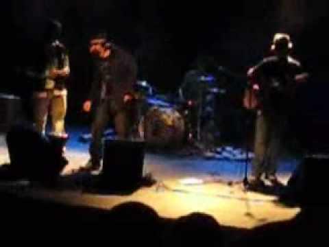 Moshav Band - Hinei Kel