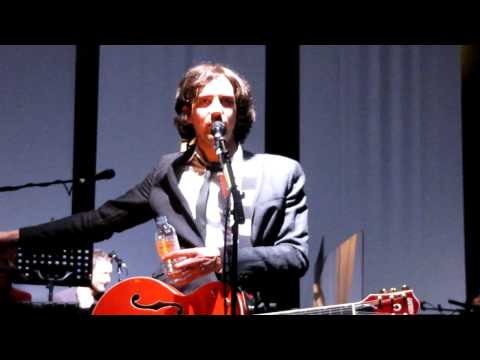Snow Patrol, Royal Albert Hall - Gary talk #10 Introducing Iain Archer