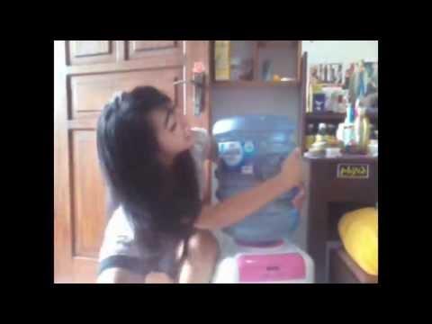 Akua (parodi Iklan Aqua) By Rezty Vivi Sitty video