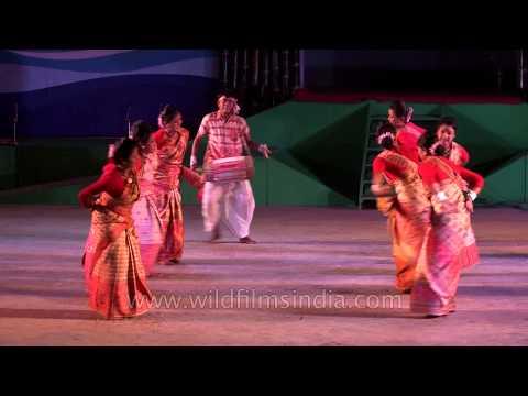 Bihu Folk Dance Of Assam - At Imphal, Manipur video