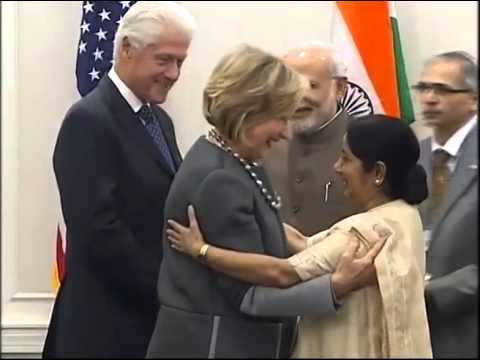 PM Narendra Modi meets Hillary and Bill Clinton