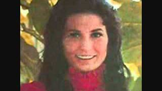Watch Kitty Wells Delta Dawn video