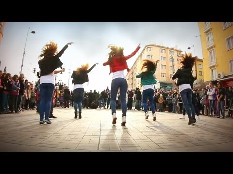 Psy Gangnam Style 강남스타일 플래시몹)  Movember Flashmob Dance, Sofia, Bulgaria video