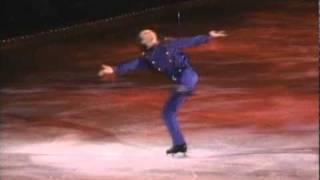 Watch Garth Brooks Walking After Midnight video