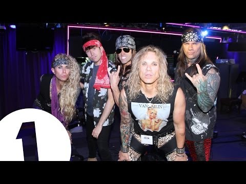Steel Panther do Rock Shout Outs