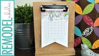 Easy Last-Minute Gift Idea! Free Printable 2018 Calendar and DIY Desk Calendar Stand
