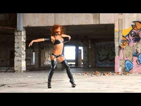 Go Go Dance / Vika Konvisar
