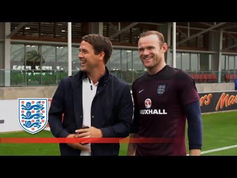 Owen joins Rooney & England for training | Inside Training