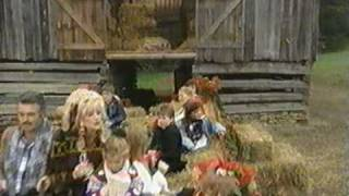 Watch Dolly Parton Jingle Bells video