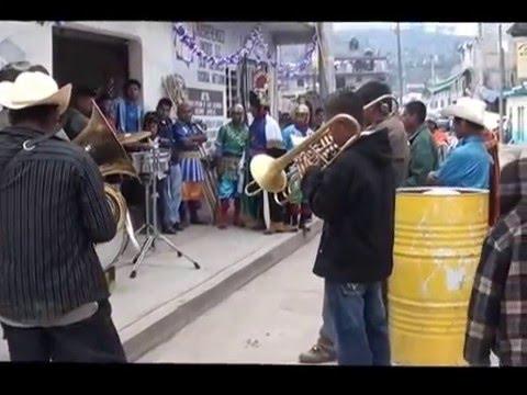 Chilenas Con Banda De Viento